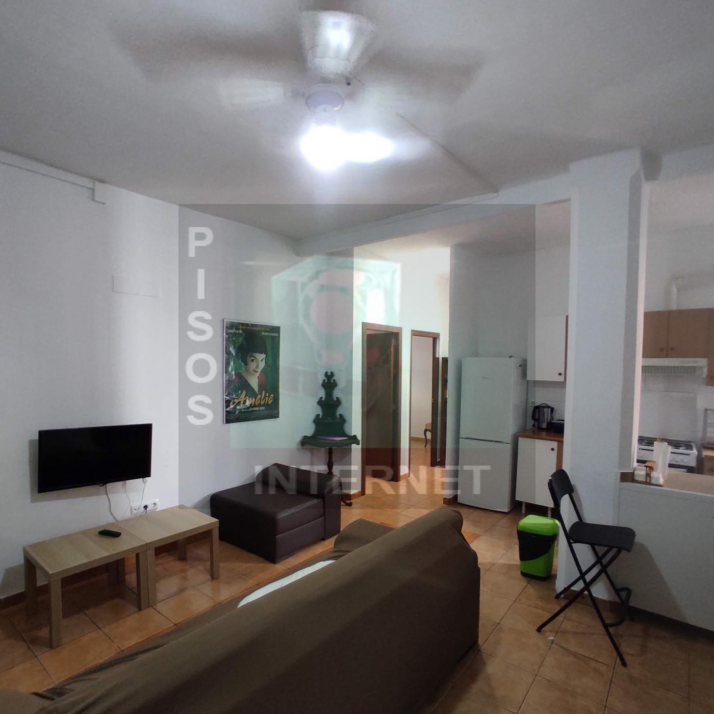 Alquiler de piso en Torrefiel