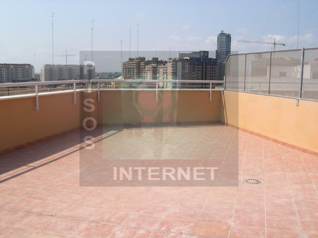Atico con terraza de 80 metros