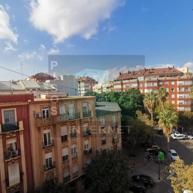 Piso con garaje en Mestalla